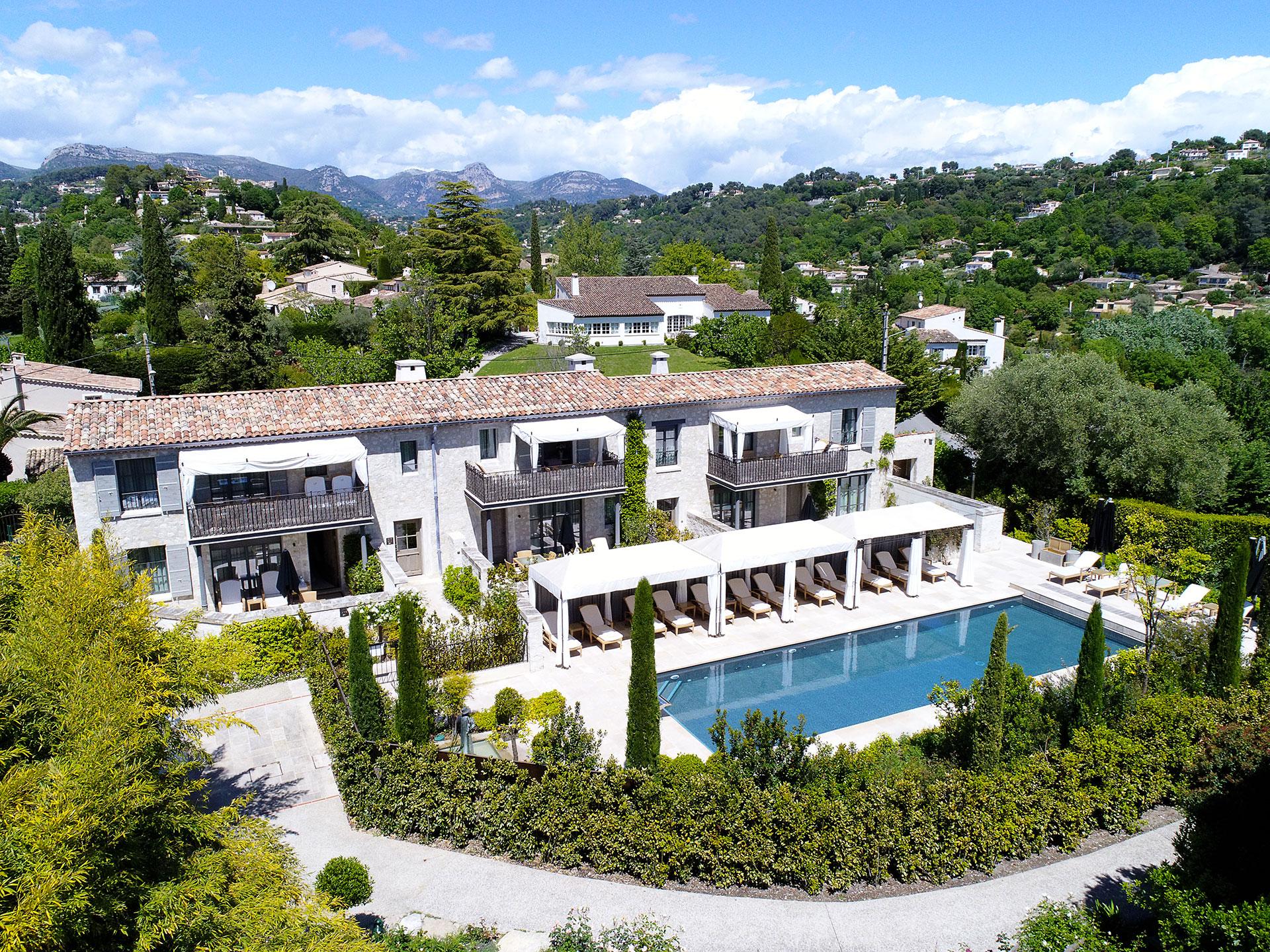 Le mas de pierre h tel de luxe au coeur d 39 un jardin - Hotel de mougins restaurant le jardin ...